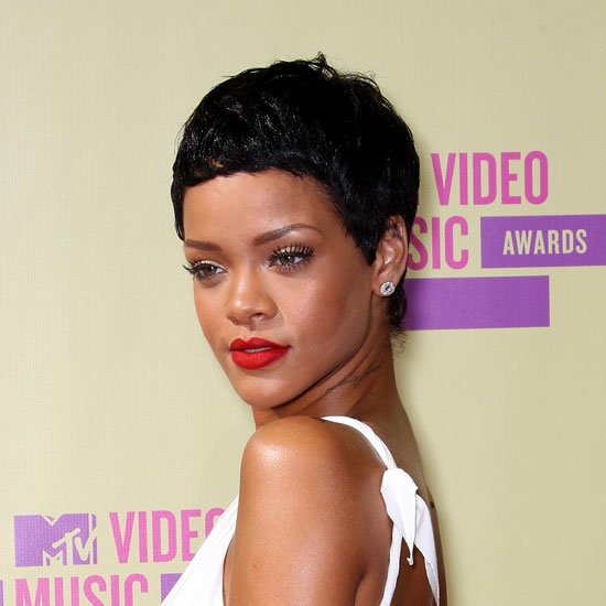 rihanna Naturalistas Hot Red Carpet Looks