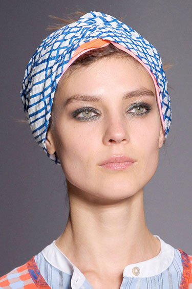 hbz-hair-trend-ss13-topping-it-off-marc-by-marc-lgn